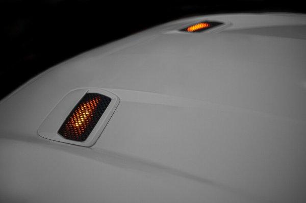 Motorhaubenleuchten als Blinkersatz - Rote oder Gelbe LED (18-21 GT, EB)