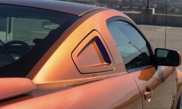 Saleen Style Scoops Fiberglass - unpainted (05-09 All)