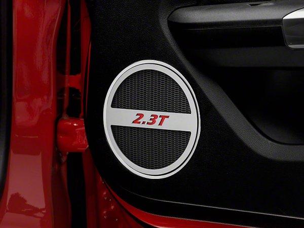 Gebürstete untere Tür Lautsprecher Einfassungen mit 2.3T Logo - rot (15-21 EB) 390904