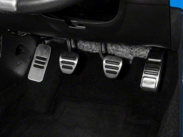 Modern Billet GT500 Style Pedal Covers (05-14 Schaltgetriebe) 11049